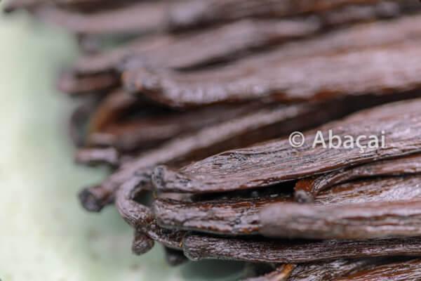 Abaçai - Gousses de vanille bourbon de Madagascar - vente direct producteur.