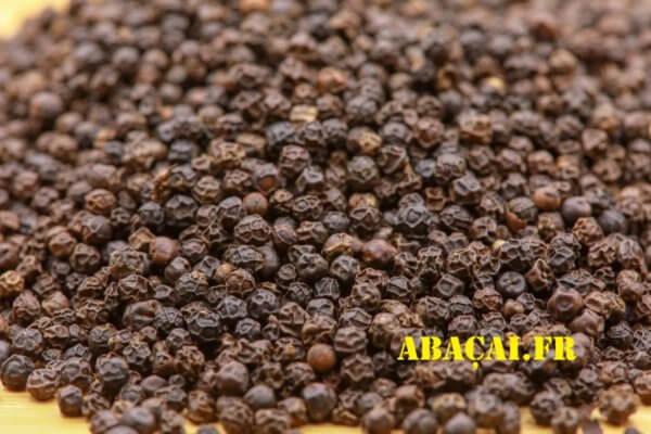 poivre noir entier de Madagascar